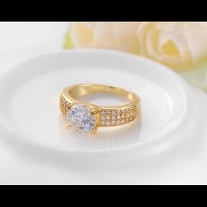 18k gold plated ring size 7